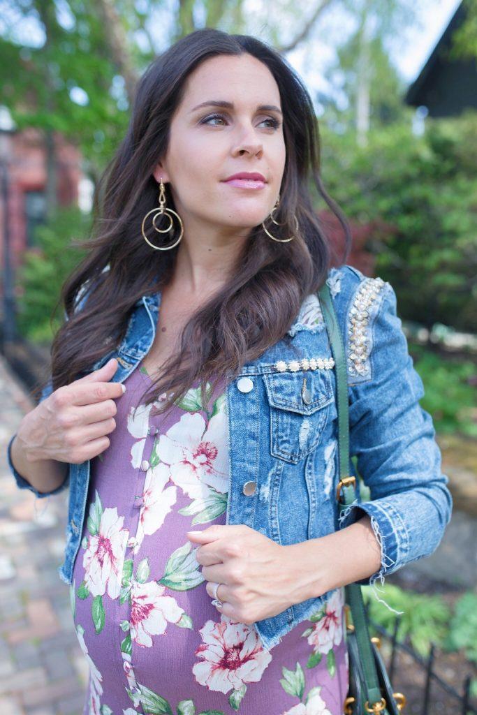 blogger maternity style